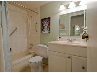 """Photo 5: # 202 15369 THRIFT AV: White Rock Condo for sale in """"Anthea Manor"""" (South Surrey White Rock)  : MLS®# F1317964"""