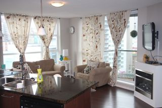 Photo 4:  in Vancouver: Condo for rent : MLS®# AR025A