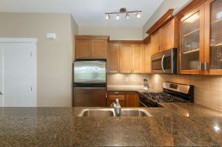 """Photo 12: 61 7388 MACPHERSON Avenue in Burnaby: Metrotown Townhouse for sale in """"ACACIA GARDENS"""" (Burnaby South)  : MLS®# R2166985"""