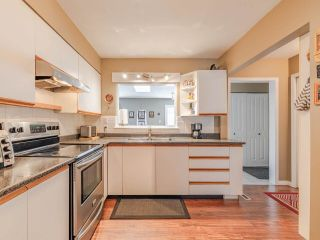 Photo 7: 1428 BEST Street: White Rock House for sale (South Surrey White Rock)  : MLS®# R2538960