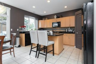 """Photo 10: 14557 33A Avenue in Surrey: Elgin Chantrell House for sale in """"Sandpiper Crescent"""" (South Surrey White Rock)  : MLS®# R2407674"""