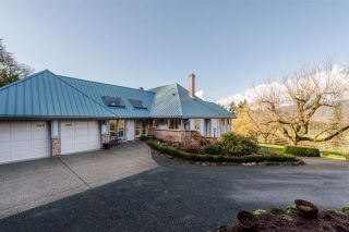Photo 2: 41056 BELROSE Road in Abbotsford: Sumas Prairie House for sale : MLS®# R2039455