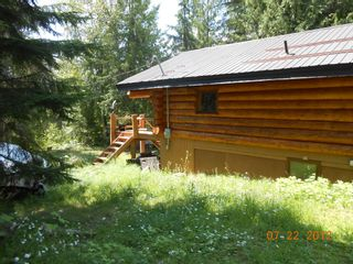Photo 18: 7635 Mountain Drive in Anglemont: North Shuswap House for sale (Shuswap)  : MLS®# 10051750