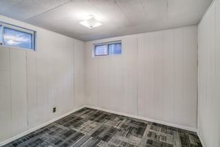 Photo 18: 49 White Oak Crescent SW in Calgary: Wildwood Detached for sale : MLS®# A1102539