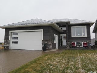 Main Photo: 804 1st Avenue North in Warman: Residential for sale : MLS®# SK874124