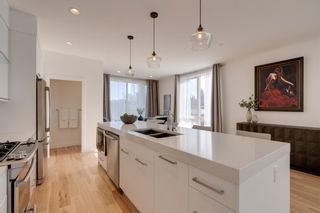 Photo 12: 3004 Parkdale Boulevard NW in Calgary: Parkdale Row/Townhouse for sale : MLS®# A1093150