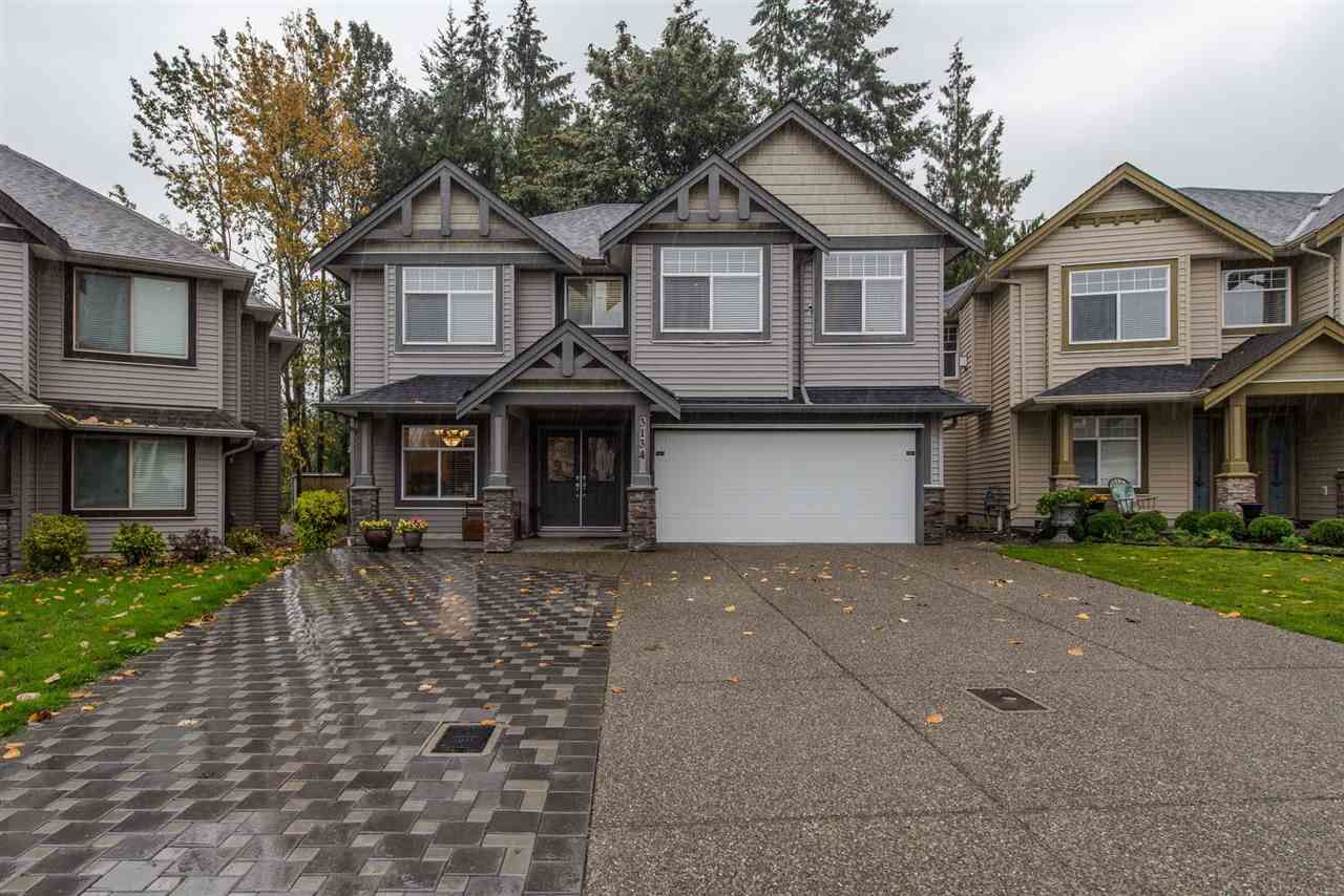 Main Photo: 3134 ENGINEER Court in Abbotsford: Aberdeen House for sale : MLS®# R2311689