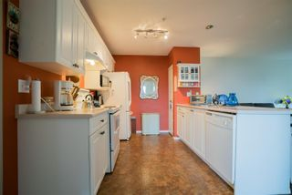 Photo 10: 6048 N Cedar Grove Dr in : Na North Nanaimo Row/Townhouse for sale (Nanaimo)  : MLS®# 868829