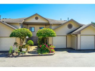 """Photo 3: 31 6140 192 Street in Surrey: Cloverdale BC Townhouse for sale in """"The Estates at Manor Ridge"""" (Cloverdale)  : MLS®# R2594172"""