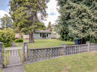 Photo 2: 3539 CHURCH Street in North Vancouver: Lynn Valley House for sale : MLS®# R2597579