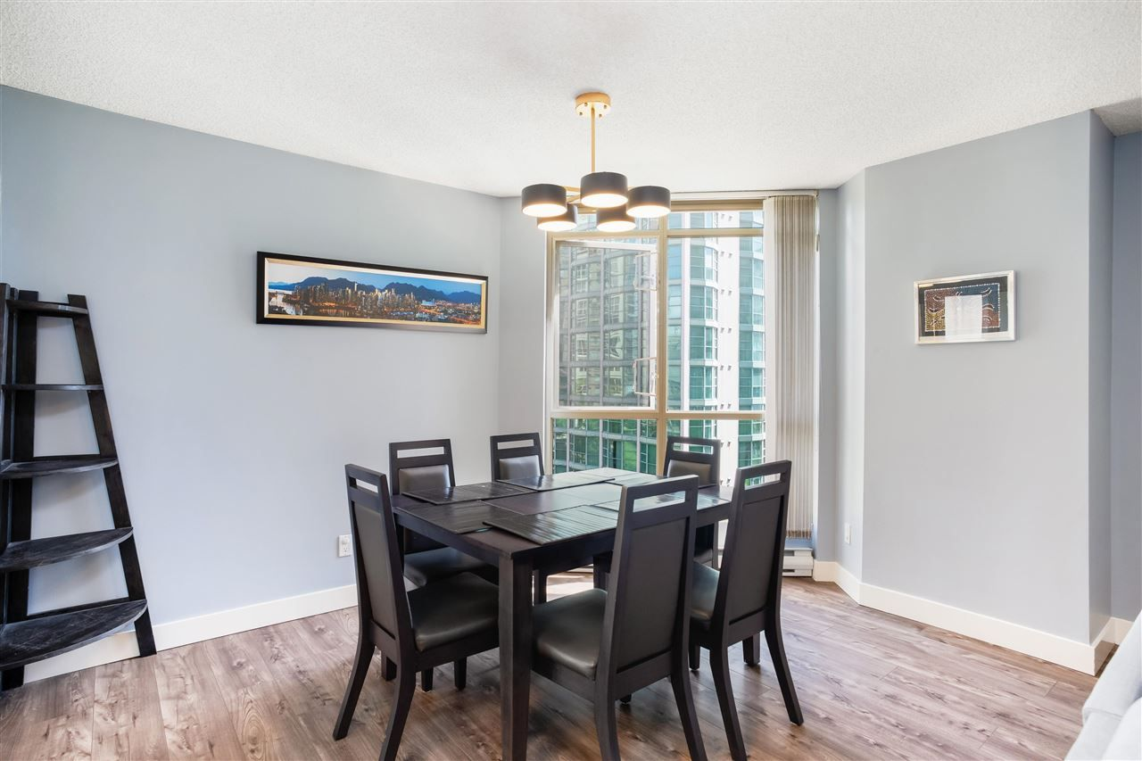 """Photo 8: Photos: 901 867 HAMILTON Street in Vancouver: Downtown VW Condo for sale in """"Jardine's Lookout"""" (Vancouver West)  : MLS®# R2588000"""