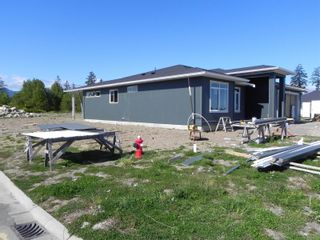 Photo 4: 3310 Eagleview Cres in : CV Courtenay City House for sale (Comox Valley)  : MLS®# 875105
