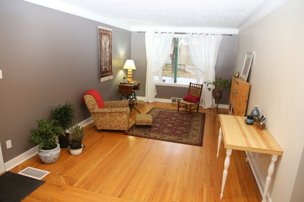 Photo 4: Photos: 283 Evanson Street in Winnipeg: Wolseley Single Family Detached for sale (West Winnipeg)  : MLS®# 1528645