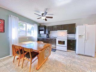 Photo 8: 330 McTavish Street in Outlook: Residential for sale : MLS®# SK870442