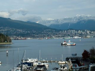 """Photo 8: 606 588 BROUGHTON Street in Vancouver: Coal Harbour Condo for sale in """"HARBOURSIDE PARK"""" (Vancouver West)  : MLS®# V929712"""