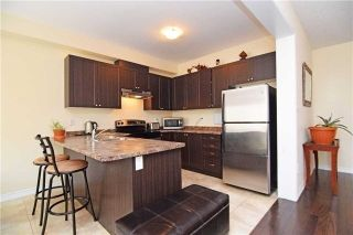 Photo 4: 572 Murray Meadows Place in Milton: Clarke House (2-Storey) for lease : MLS®# W5384534
