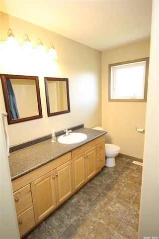 Photo 5: 2412 100th Street in North Battleford: Fairview Heights Residential for sale : MLS®# SK851249