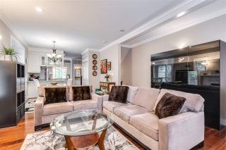 """Photo 4: 119 3333 DEWDNEY TRUNK Road in Port Moody: Port Moody Centre Townhouse for sale in """"CENTRE POINT"""" : MLS®# R2408387"""