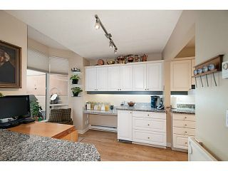 Photo 5: 356 TAYLOR WY in West Vancouver: Park Royal Condo for sale : MLS®# V1073240