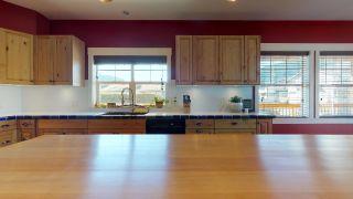 Photo 7: 1223 WILSON Crescent in Squamish: Dentville House for sale : MLS®# R2347356