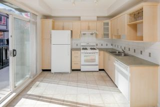 """Photo 5: 14 6300 ALDER Street in Richmond: McLennan North Townhouse for sale in """"The HAMPTONS by Cressey"""" : MLS®# R2217953"""