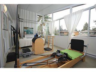 "Photo 10: 458 SHANNON Way in Tsawwassen: Pebble Hill House for sale in ""TSAWWASSEN HEIGHTS"" : MLS®# V1052172"