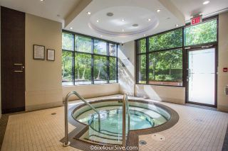 """Photo 14: 2301 6188 WILSON Avenue in Burnaby: Metrotown Condo for sale in """"JEWEL I"""" (Burnaby South)  : MLS®# R2202465"""