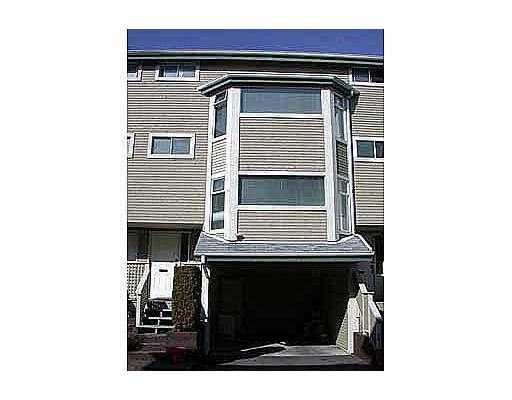 FEATURED LISTING: 8 1195 FALCON DR Coquitlam