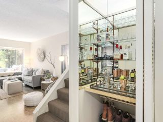 """Photo 6: 5 960 W 13TH Avenue in Vancouver: Fairview VW Townhouse for sale in """"The Brickhouse"""" (Vancouver West)  : MLS®# R2193892"""