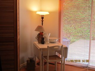 Photo 3: 681 EVERGREEN Place in North Vancouver: Home for sale : MLS®# V873478