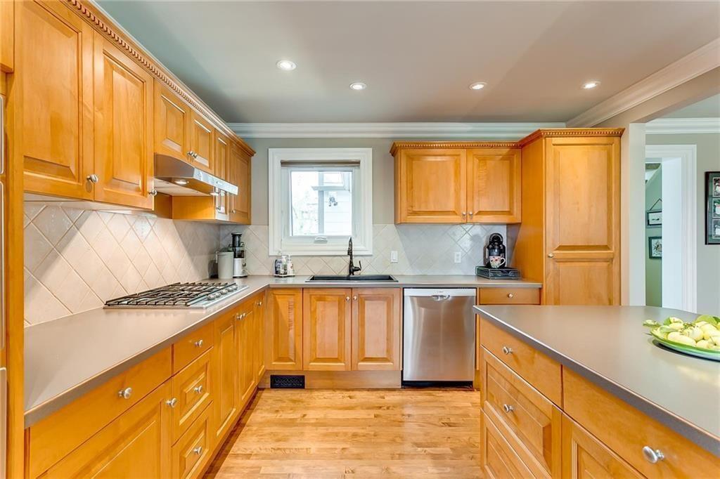 Photo 23: Photos: 17 185 WOODRIDGE Drive SW in Calgary: Woodlands Row/Townhouse for sale : MLS®# C4295020