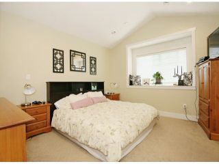 Photo 10: 6798 191A Street in Cloverdale: Clayton House for sale : MLS®# F1400185