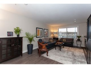 """Photo 5: 202 19936 56 Avenue in Langley: Langley City Condo for sale in """"BEARING POINTE"""" : MLS®# R2240895"""