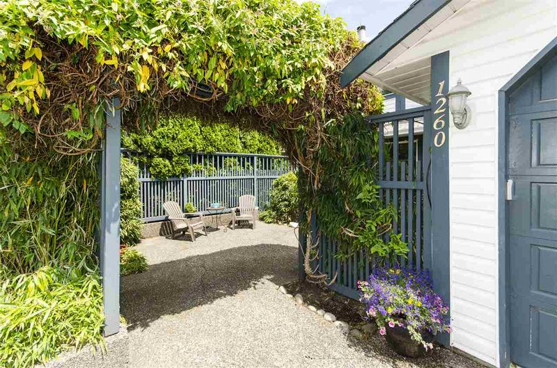 FEATURED LISTING: 1260 BEAUFORT Road North Vancouver
