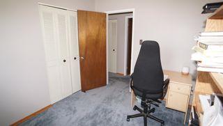 Photo 25: 10615 165 Avenue in Edmonton: Zone 27 House for sale : MLS®# E4247555