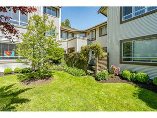 """Photo 26: 219 15991 THRIFT Avenue: White Rock Condo for sale in """"ARCADIAN"""" (South Surrey White Rock)  : MLS®# R2456477"""