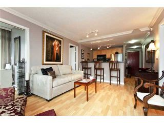 """Photo 1: 706 928 RICHARDS Street in Vancouver: Yaletown Condo for sale in """"THE SAVOY"""" (Vancouver West)  : MLS®# V911240"""