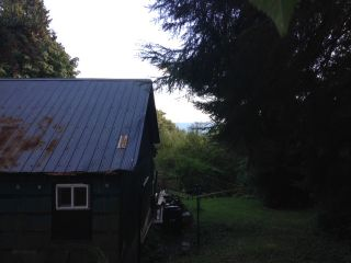 Photo 2: 73-79 HEAD Road in Gibsons: Gibsons & Area House for sale (Sunshine Coast)  : MLS®# R2110391