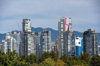 """Photo 22: 403 1529 W 6TH Avenue in Vancouver: False Creek Condo for sale in """"WSIX"""" (Vancouver West)  : MLS®# R2620601"""
