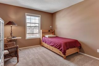 Photo 29: 90 STRATHLEA Crescent SW in Calgary: Strathcona Park Detached for sale : MLS®# C4289258