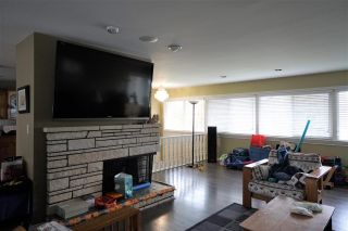 """Photo 5: 2431 GLENWOOD Avenue in Port Coquitlam: Woodland Acres PQ House for sale in """"Woodland Acre"""" : MLS®# R2586320"""