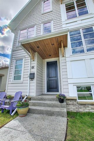 Photo 2: 61 Moncton Road NE in Calgary: Winston Heights/Mountview Semi Detached for sale : MLS®# A1105916