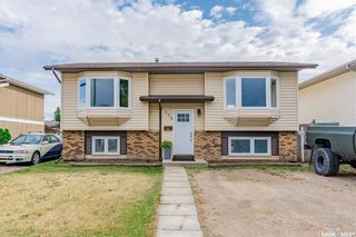 Main Photo: 115 Carter Crescent in Saskatoon: Confederation Park Residential for sale : MLS®# SK874142
