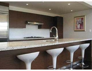 """Photo 4: PH409 5955 IONA Drive in Vancouver: University VW Condo for sale in """"FOLIO"""" (Vancouver West)  : MLS®# V645795"""