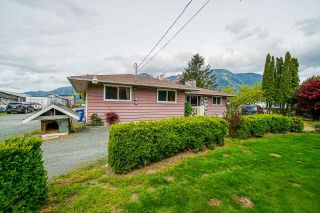 Photo 9: 5111 TOLMIE Road in Abbotsford: Sumas Prairie House for sale : MLS®# R2573312