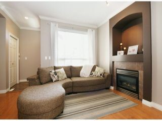 """Photo 5: 6 15168 66A Avenue in Surrey: East Newton Townhouse for sale in """"Porter's Cove"""" : MLS®# F1428816"""