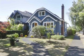 Photo 1: 4703 COLLINGWOOD Street in Vancouver: Dunbar House for sale (Vancouver West)  : MLS®# R2401030
