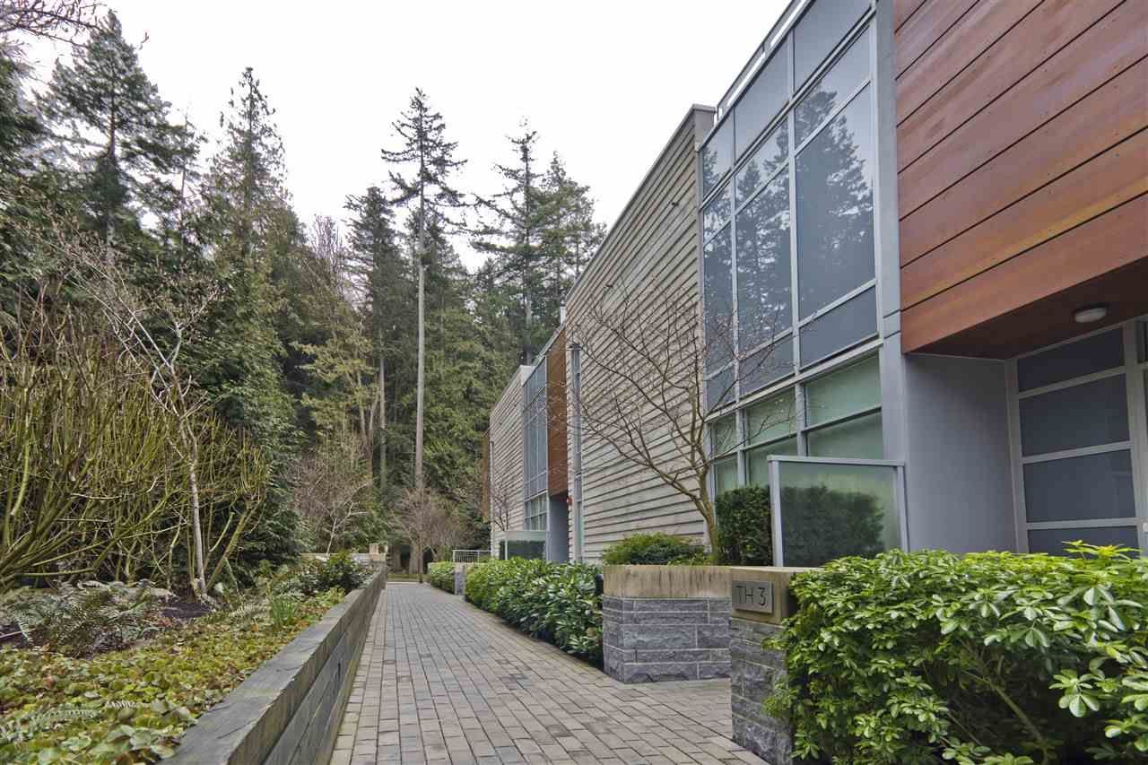 """Main Photo: TH3 3355 BINNING Road in Vancouver: University VW Townhouse for sale in """"BINNING TOWER"""" (Vancouver West)  : MLS®# R2554024"""