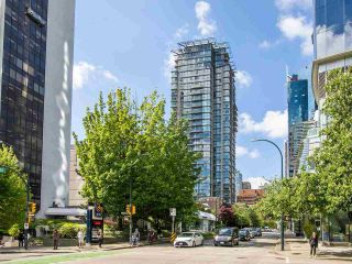 """Photo 10: 2605 1068 HORNBY Street in Vancouver: Downtown VW Condo for sale in """"THE CANADIAN AT WALL CENTRE"""" (Vancouver West)  : MLS®# R2585193"""