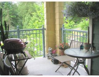 """Photo 7: 310 1199 WESTWOOD Street in Coquitlam: North Coquitlam Condo for sale in """"LAKESIDE TERRACE"""" : MLS®# V720873"""